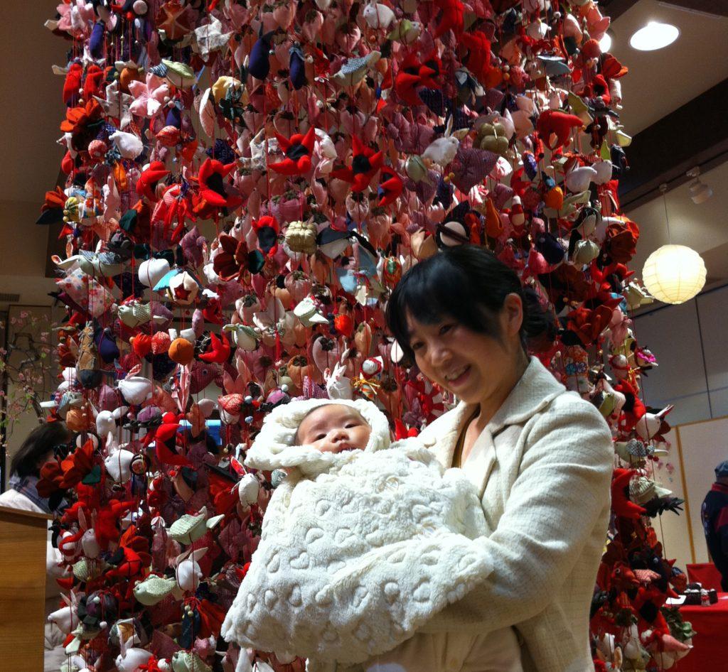 産後3ヶ月 生後3ヶ月 秋保・里センターにて吊るし雛 雛飾りを見ました